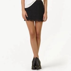 Aritzia Talula Etta Lace Skirt